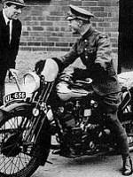 Lawrence na motorju